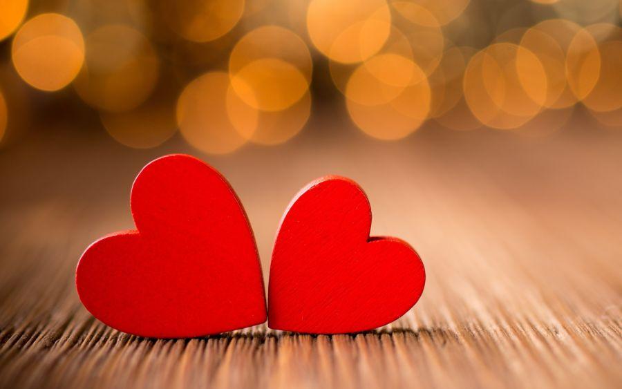 Cinta dan Kelogisannya